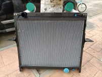 上海重汽原厂WG9525531515散热器