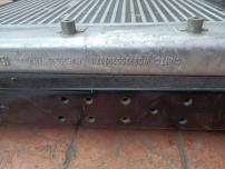 上海重汽WG9925530207中冷器